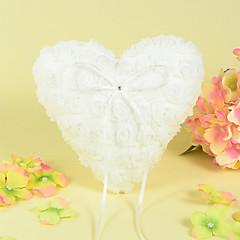 Herzringkissen aus Satin mit Rose-Design