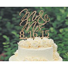 Figurky na svatební dort Přizpůsobeno Klasický pár / Srdce Lepenkový papír Výročí / Párty pro nevěstu / Svatba ŽlutáKvětinový motiv /
