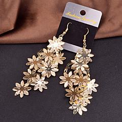 Dame Dråpeøreringer Erklæringssmykker Europeisk Personalisert kostyme smykker Legering Blomsterformet Smykker Til Bryllup Fest Spesiell