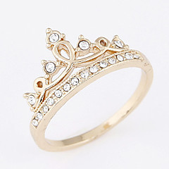 Women's Exquisite Crown Fashion Sweet rhinestone Ring Alloy Ring