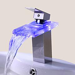 Zeitgenössisch Mittellage LED / Wasserfall with  Keramisches Ventil Einhand Ein Loch for  Chrom , Waschbecken Wasserhahn