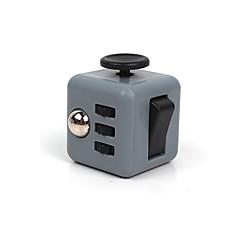 Spielzeuge Glatte Geschwindigkeits-Würfel Fidget Cube Neuartige Lindert Stress Magische Würfel Regenbogen / Plastik