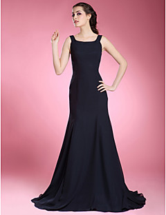 LAN TING BRIDE Trumpet / Mermaid Plus Size Petite Mother of the Bride Dress - Little Black Dress Sweep / Brush Train Sleeveless Chiffon