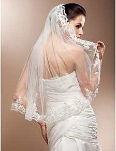 One-tier Elbow Wedding Veils With Lace Applique Edge