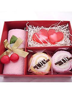 Serviettes 3 pièces et ensemble en forme de coeur cadeau savons (couleur aléatoire)