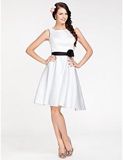 신부 들러리 드레스 - 화이트 A라인/프린세스 무릎길이 사각형 사틴 플러스 사이즈