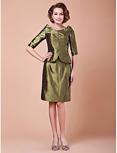 Sheath/Column Plus Sizes Mother of the Bride Dress - Clover Knee-length Half Sleeve Taffeta