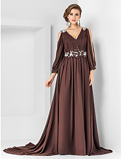 Formal Evening/Military Ball Dress - Chocolate Plus Sizes A-line/Princess V-neck Court Train Chiffon