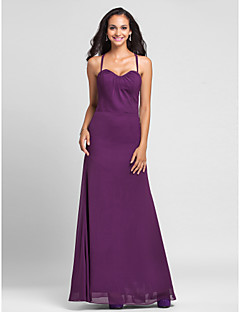 Floor-length Chiffon Bridesmaid Dress - Grape Plus Sizes / Petite Sheath/Column Halter