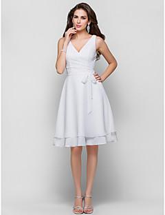 A 라인 V 넥 무릎 길이 쉬폰 칵테일 드레스