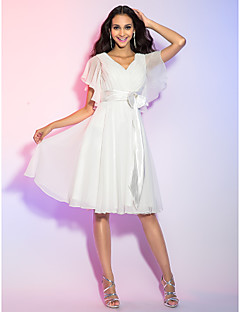 Homecoming Cocktail Party/Homecoming/Holiday/Graduation Dress - Ivory Plus Sizes A-line/Princess V-neck Knee-length Chiffon