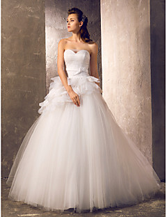 LAN TING BRIDE A-line Princess Wedding Dress - Classic & Timeless Elegant & Luxurious Vintage Inspired Sweep / Brush Train Sweetheart