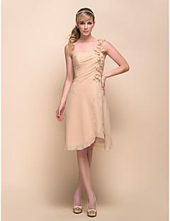 Vestido de Madrinha - Champanhe Linha-A/Princesa Assimétrico Coquetel Chiffon Tamanhos Grandes