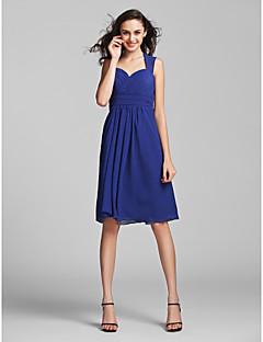 Lanting Bride® Knee-length Chiffon Bridesmaid Dress - Sheath / Column Sweetheart Plus Size / Petite with Draping / Criss Cross / Ruching