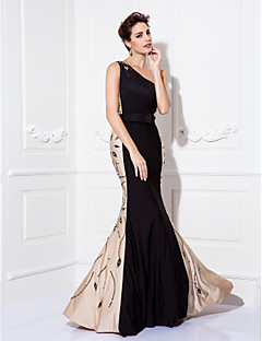 Homecoming Formal Evening/Prom/Military Ball Dress - Black Plus Sizes Trumpet/Mermaid One Shoulder Floor-length Jersey