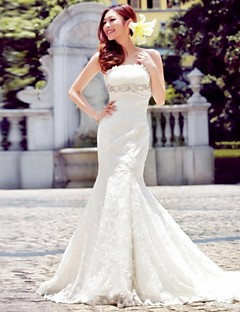 Trumpet/Mermaid Floor-length Wedding Dress -Strapless Lace
