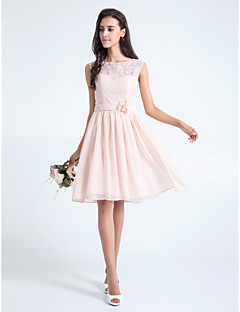LAN TING BRIDE Knee-length Lace Bridesmaid Dress - A-line Scoop Plus Size / Petite with Flower(s) / Lace