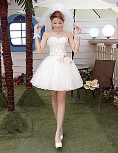 A-line Wedding Dress Sparkle & Shine Short / Mini Sweetheart Tulle with Beading Sash / Ribbon Bow