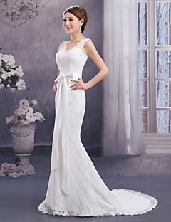 Trumpet / Mermaid Wedding Dress Sweep / Brush Train V-neck Lace with