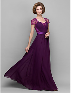 A-line / Sheath/Column Mother of the Bride Dress - Grape Floor-length Short Sleeve Chiffon / Lace