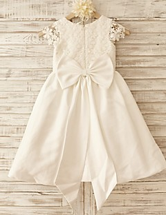 A-line Knee-length Flower Girl Dress - Cotton / Lace Short Sleeve Scoop with