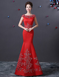 Formal Evening Dress - Ruby Trumpet/Mermaid Bateau Floor-length Satin