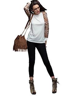 T-shirt girocollo da donna con maniche lunghe stampa leopardo chiffon