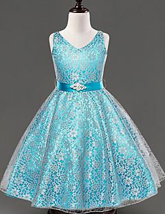 A-line Tea-length Flower Girl Dress - Lace / Satin Sleeveless V-neck with