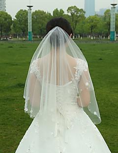 הינומות חתונה שתי שכבות צעיפי אצבע אפליקצית קצה תחרה קצה גולמי טול לבן