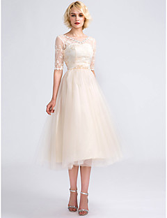 Tea-length Tulle Lace-up Bridesmaid Dress - A-line V-neck with Appliques / Lace