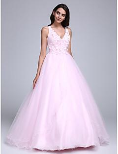 구슬 / 꽃 2,017 드레스 볼 가운 V 넥 바닥 길이 얇은 명주 그물 (들)