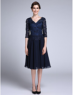 Lanting Bride Sheath / Column Mother of the Bride Dress Knee-length Half Sleeve Chiffon / Lace with Lace