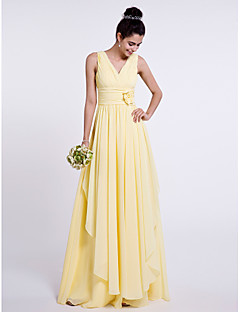 Lanting Bride® Floor-length Chiffon Bridesmaid Dress Sheath / Column V-neck with Flower(s) / Criss Cross