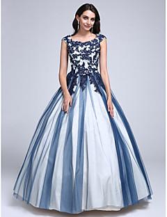TS Couture® Ball Kleid Ballkleid Rundhalsausschnitt Boden-Länge Spitze / Tüll mit Applikationen / Perlstickerei