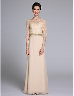 2017 Lanting Bride® Sheath / Column Mother of the Bride Dress Floor-length Half Sleeve Chiffon / Lace with Beading
