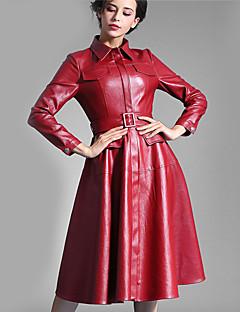 Damen Hülle Kleid-Lässig/Alltäglich Street Schick Solide Peter Pan-Kragen Knielang Langarm Rot PU Herbst Hohe Hüfthöhe Unelastisch Dick