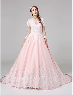 Lanting Bride® Ball Gown Wedding Dress Court Train Jewel Lace / Satin with Appliques / Button