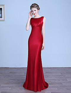 포멀 이브닝 드레스 - 섹시 시스 / 칼럼 쥬얼리 바닥 길이 스트래치 새틴 와 주름