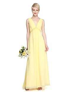2017 Lanting Bride® Floor-length Chiffon Elegant Bridesmaid Dress - Sheath / Column V-neck with Beading Bow(s) Side Draping
