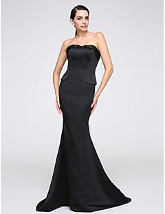 2017 TS는 주름과 공식적인 이브닝 드레스 트럼펫 / 인어 끈 청소 / 브러쉬 기차 저지를 couture®