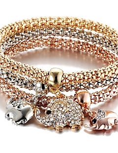 Bracele Elephant Elephant Charm Bracelet Alloy Daily / Casual / Sports Jewelry Gift Gold1pc