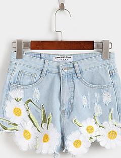 sted sommeren nye friske og elegante broderte blomster små frynsete denim shorts shorts kvinnelige college vind
