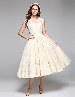 LAN TING BRIDE Linha A Vestido de casamento Simplesmente Sublime Vestidos Noiva de Cor Longuette Quadrado Renda Cetim comMiçanga Laço