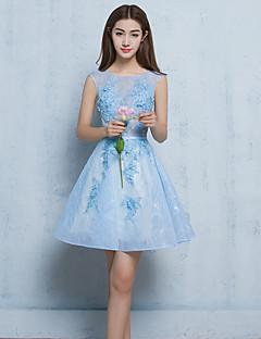 A-line juvel hals kort / mini blonder cocktail party kjole med applikasjoner