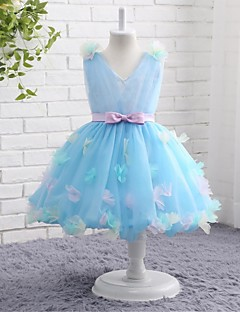 Ball Gown Knee-length Flower Girl Dress - Tulle V-neck with Bow(s)