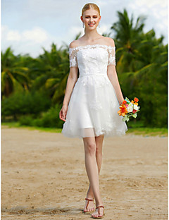 A-linje Bryllupskjole - Chic & Moderne Små Hvite Kjoler Blomsterblonder Kort/mini Tyll med Appliqué Skerfer / Bånd
