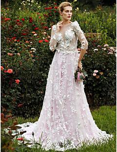Linha A Princesa Decote mergulhador Cauda Capela Renda Vestido de casamento com Flor(es) Em Camadas de LAN TING BRIDE®