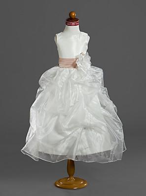 כלה לנטינג נשף באורך הקרסול שמלה לנערת הפרחים - אורגנזה / סאטן ללא שרוולים מחשוף עמוק עם פרח(ים) / כיווצים למעלה / קפלים / סרט