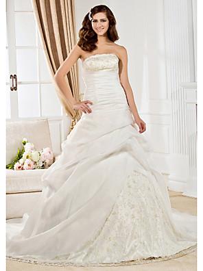 Lanting Bride® נשף תפוח / משולש הפוך / מלבן / עלמות / מידה גדולה / שעון חול / אגס / קטן שמלת כלה - קלסי ונצחי שובל קורט סטרפלס אורגנזה עם