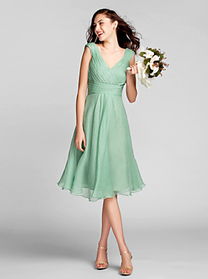 Knee-length Chiffon Bridesmaid Dress A-line V-neck Plus Size / Petite with Draping / Criss Cross / Ruching